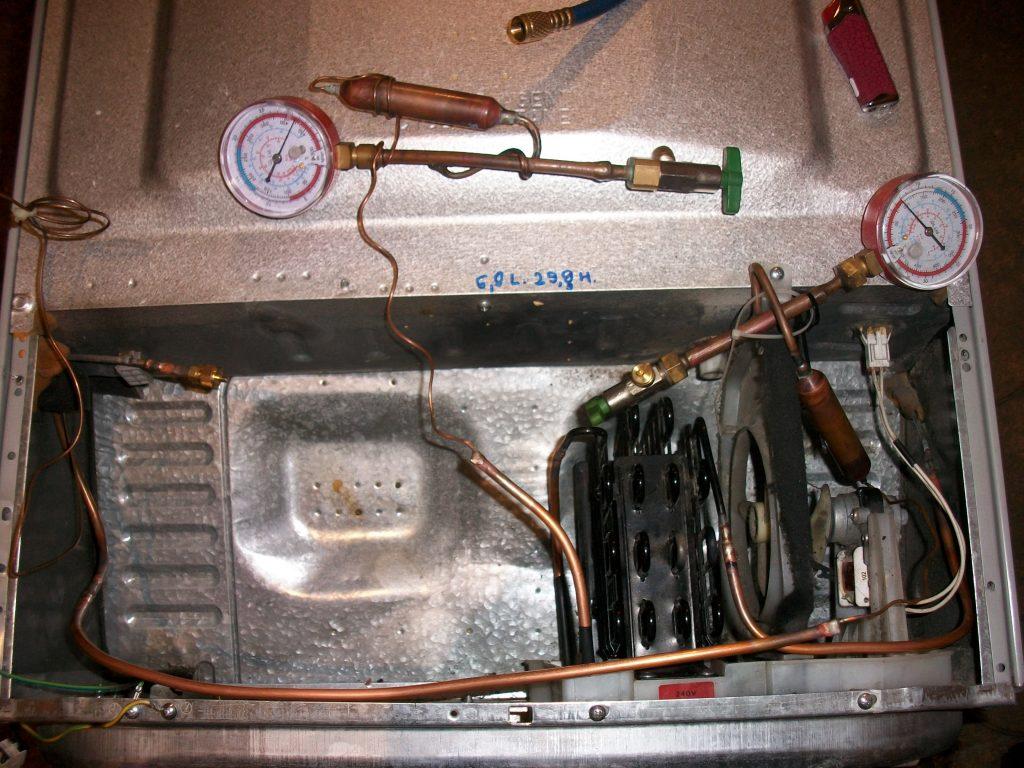 Опрессовка контуров холодильника давлением